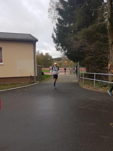das war die Haelfte beim Start zum Göltzschtal-Marathon